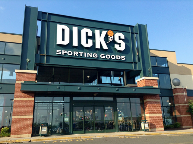 buy popular 0bddf 0f48f Eagles Players On Hand For Dick's Sporting Goods Grand Opening