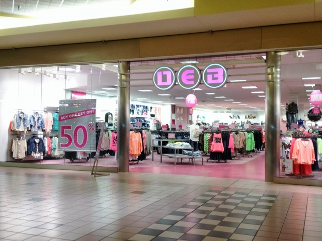 Clothing stores online. Deb clothes store