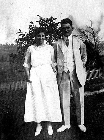 Mary Ellen and Duie Pyle on their wedding day in 1920.