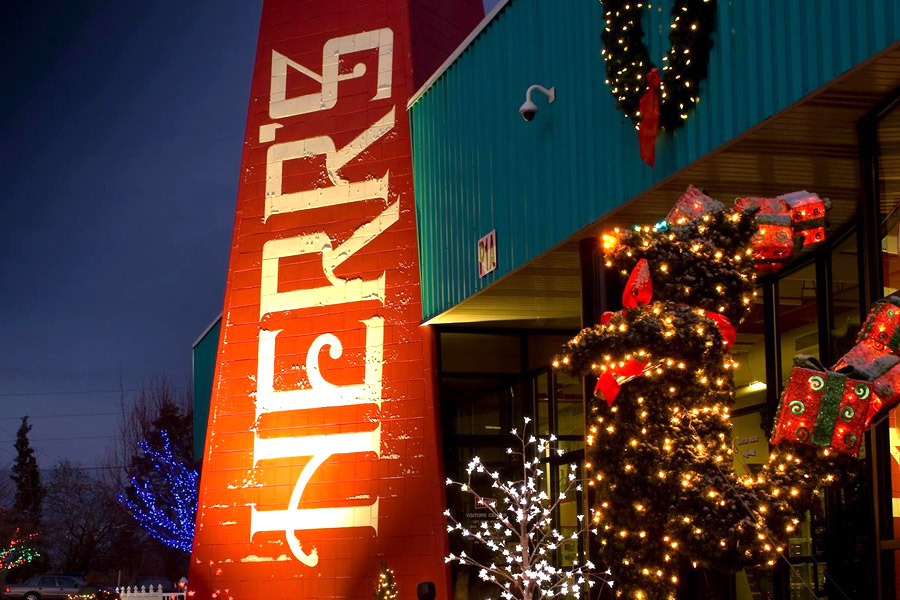 the majesty of herrs foods christmas lights attracts thousands of visitors