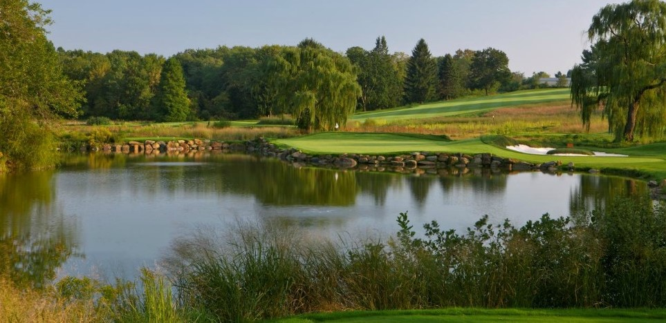 Local Golf Clubs Looking to Recapitalize with 'Private Club Hospitality Firm'