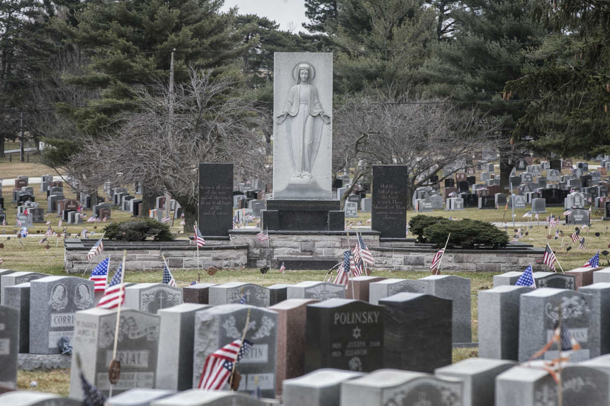 Controversial For-Profit Funeral Company Signs Deal with Donohue