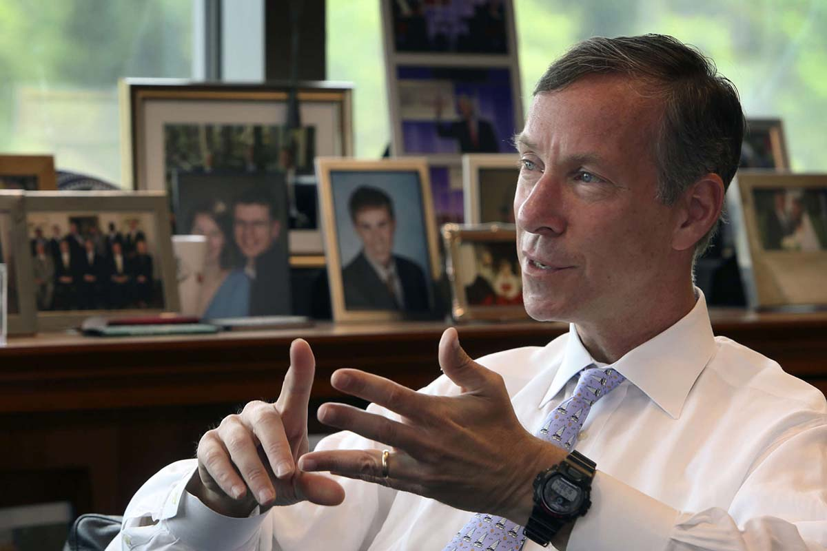 Bill McNabb to Step Down as Vanguard CEO