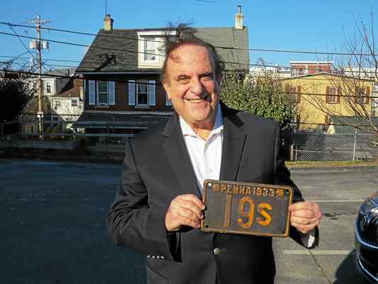 Sen. Dinniman Receives Historic License Plate From His Staff