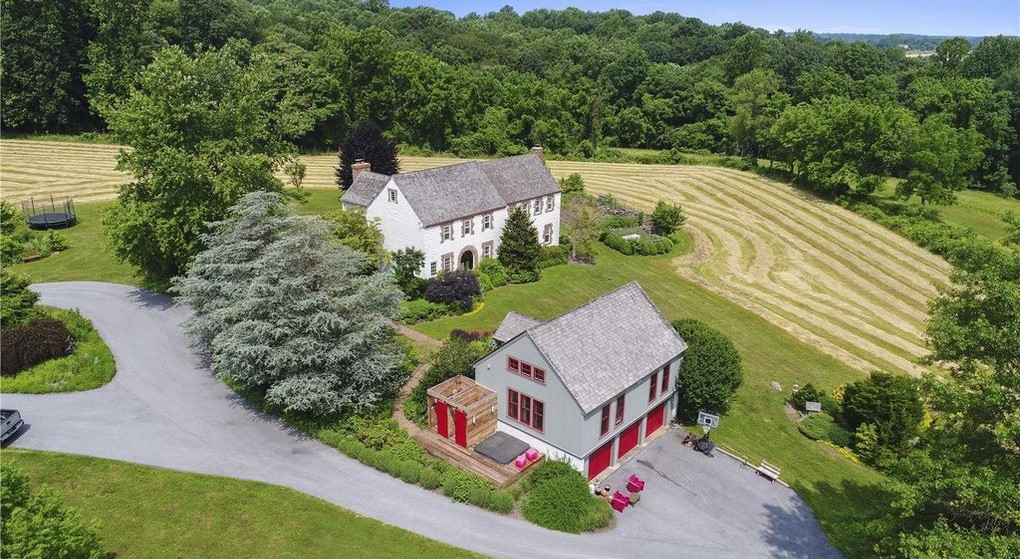 DNB First House of the Week: Modern Farmhouse in Landenberg