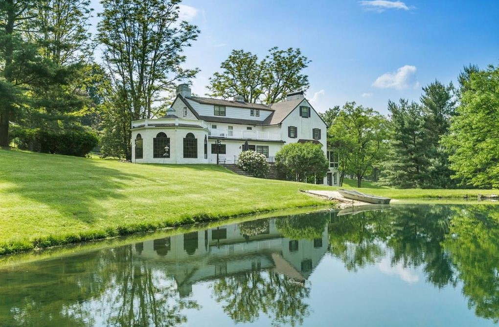 DNB First House of the Week: Farmhouse Surrounded by Unmatched Rural Beauty in Elverson