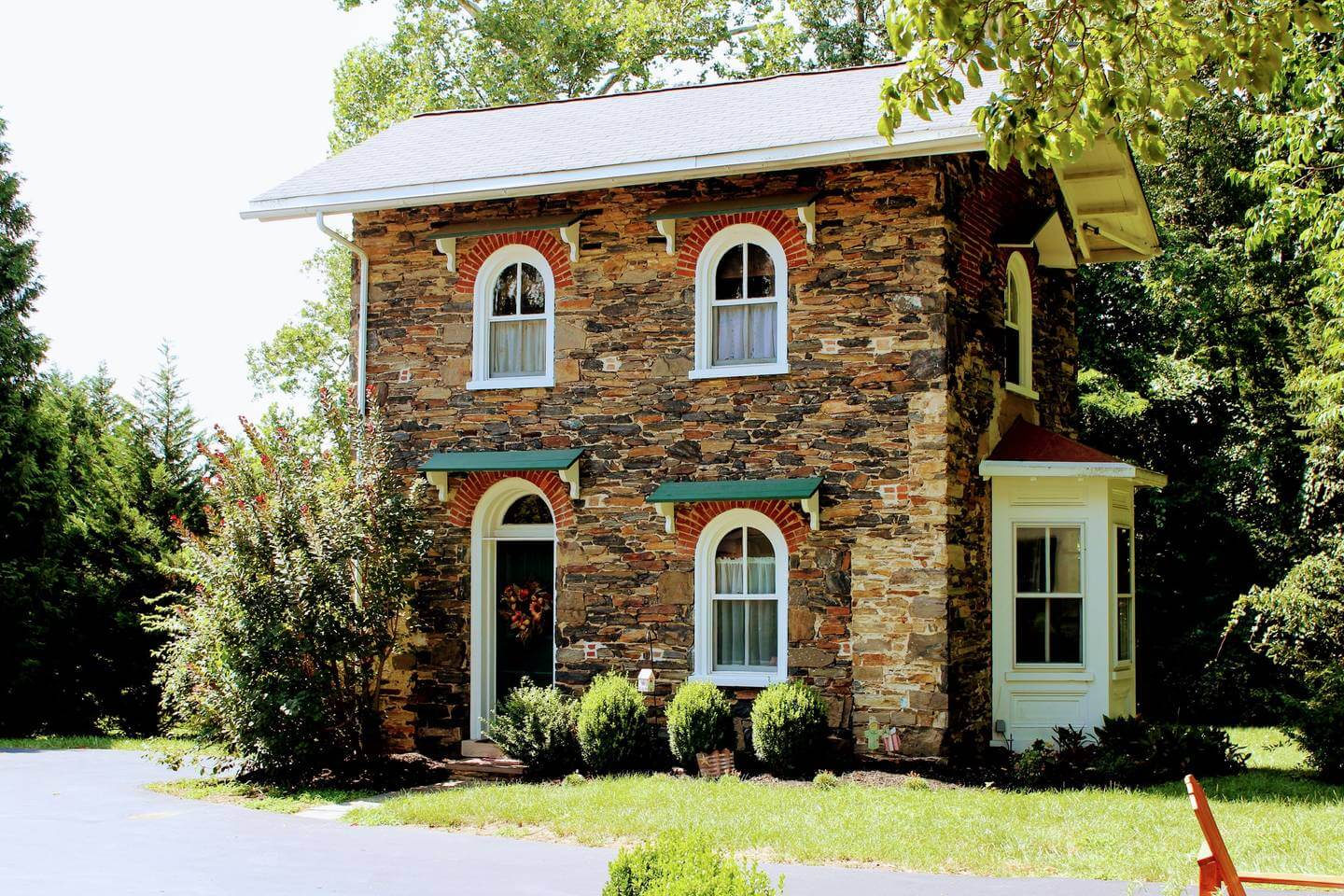 Check Out How Much Airbnb Hosts in Chester County Made Last Year