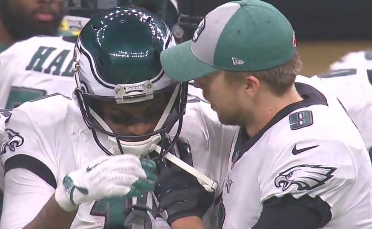With No Fairy-Tale Ending This Year, Nick Foles Again Demonstrates Qualities of a True Leader