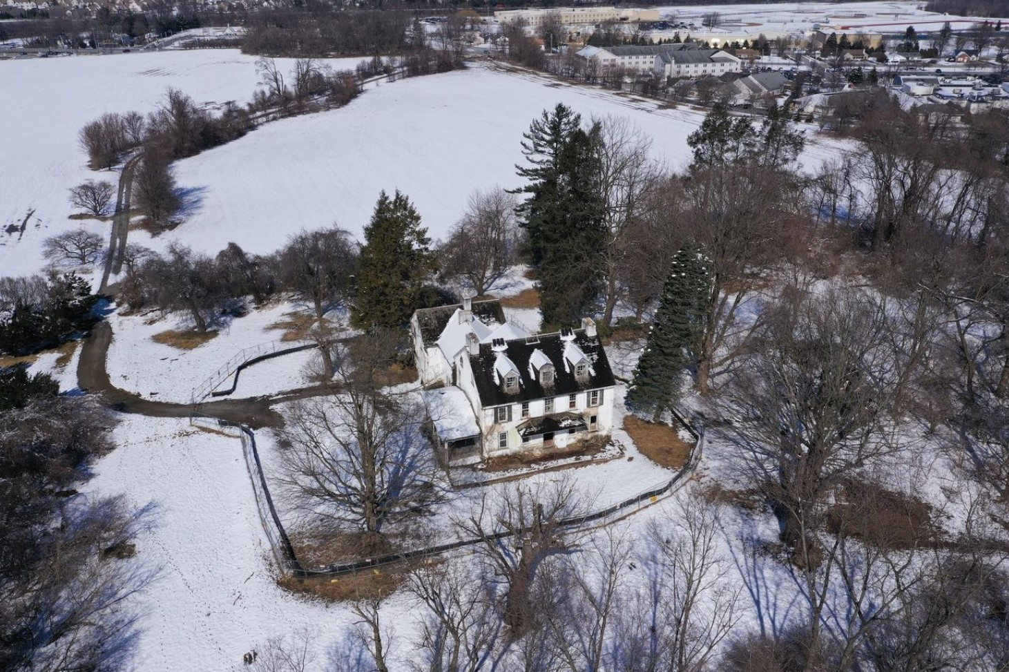 Caln Township Residents Fight for Survival of Farmhouse with 'Star-Studded Genealogy'