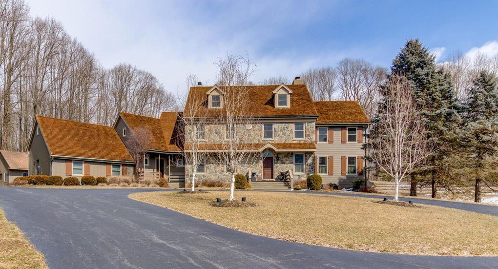 DNB First House of the Week: Remodeled Farmhouse in Kennett Square