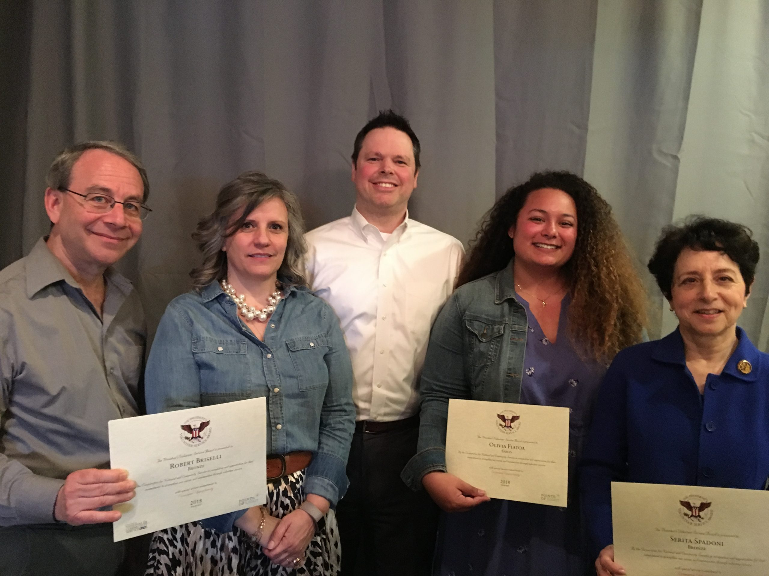 Friends Association Honors 26 Volunteers with President's Volunteer Service Award