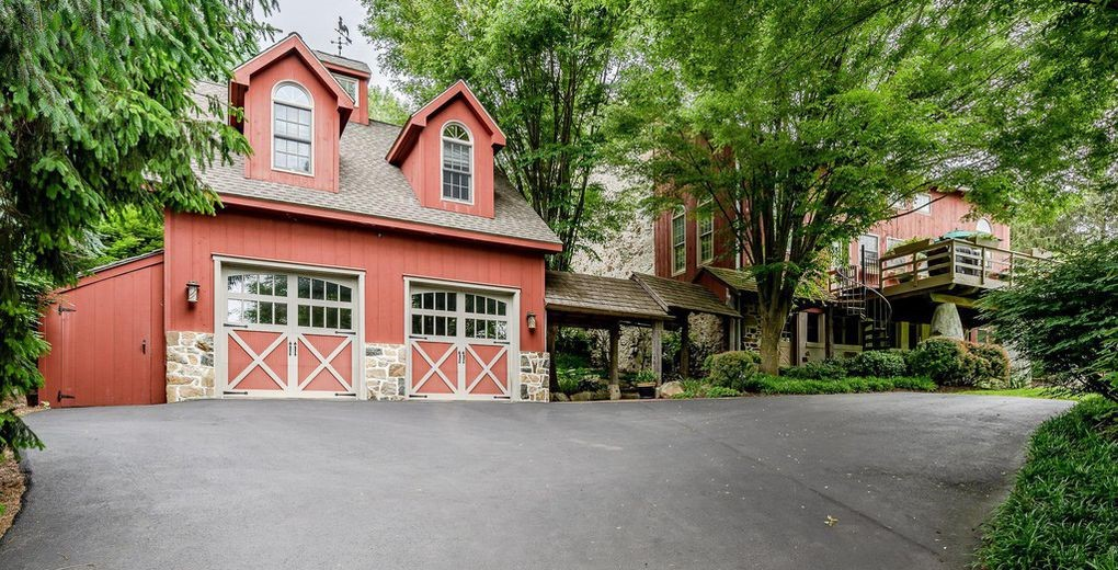 DNB First House of the Week: Converted Barn a One-of-a-Kind Gem in Downingtown