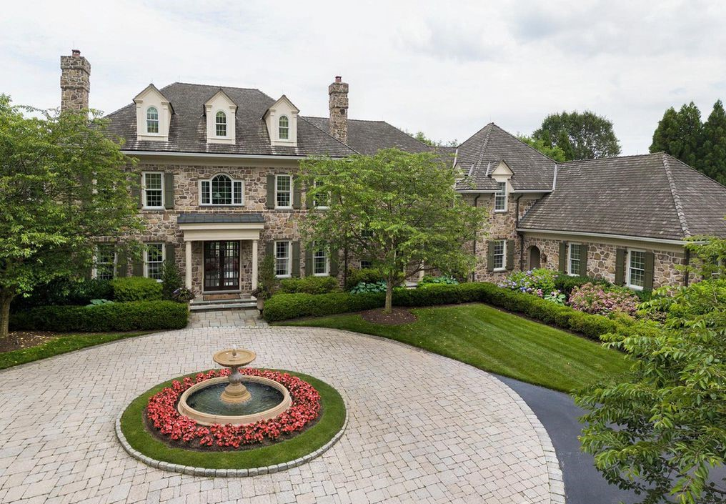 DNB First House of the Week: Secluded Paradise in Willistown Township