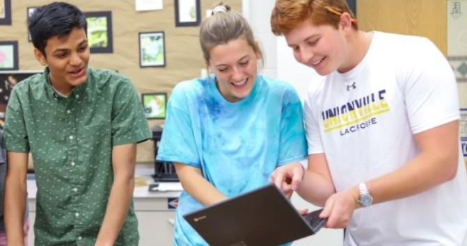 New Initiative at Unionville High School Gives Students Flexibility at Lunchtime