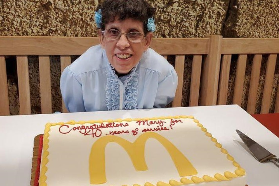 McDonald's in Downingtown Honors Employee on Her 40th Anniversary with the Restaurant