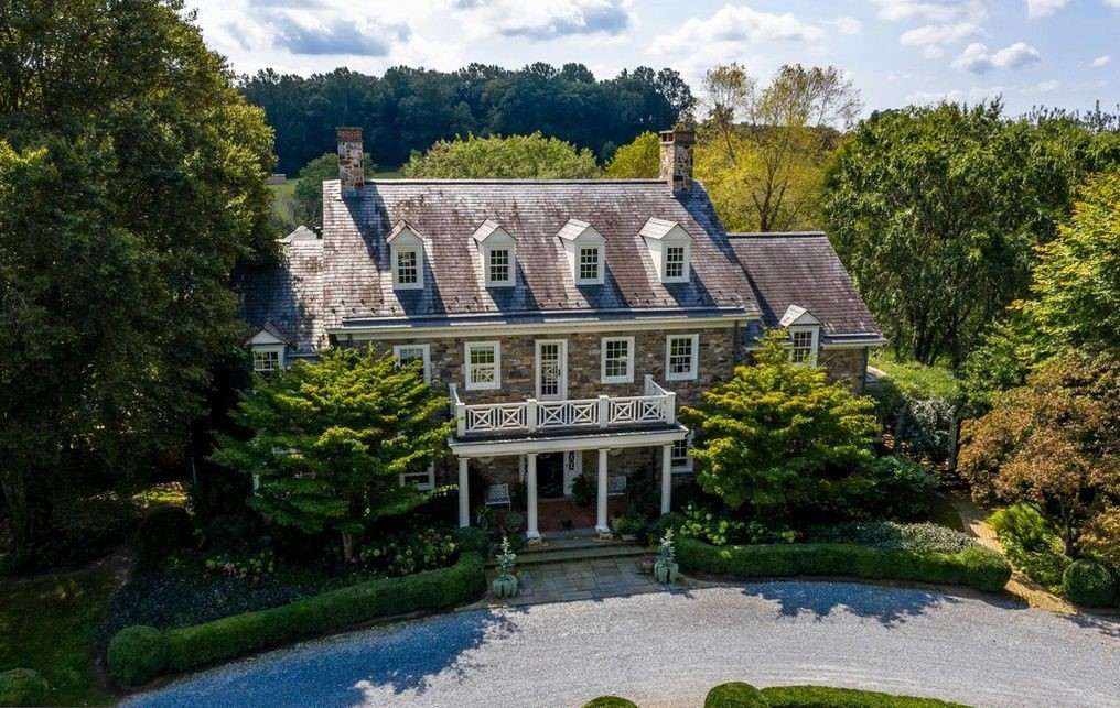 DNB First House of the Week: A Taste of the Sublime Nestled Among Rolling Hills of Southern Chesco