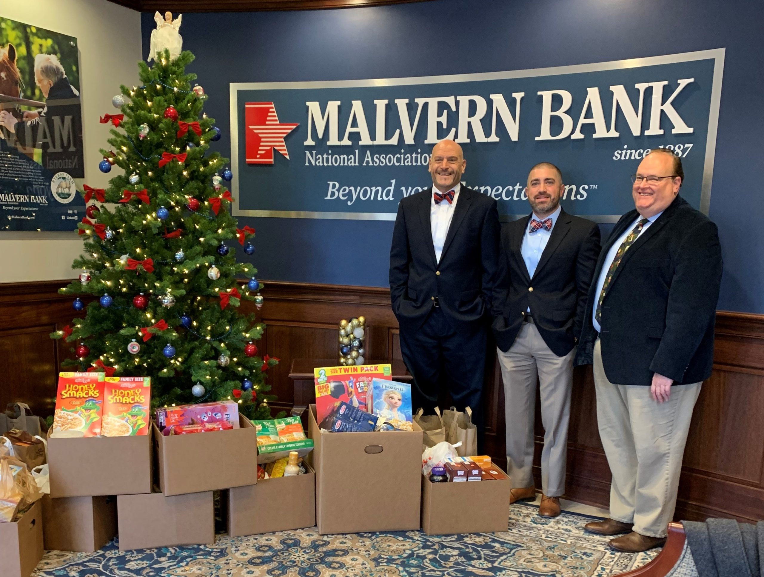 Malvern Bank's Annual Food Drive Collects 284 Pounds of Food for West Chester Food Cupboard