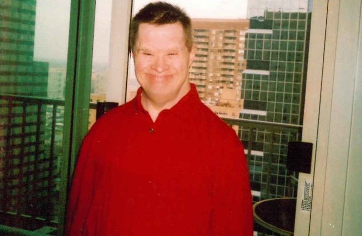 Berwyn Resident, Who Brightened People's Days by Telling Them They're Beautiful, Dies at 67