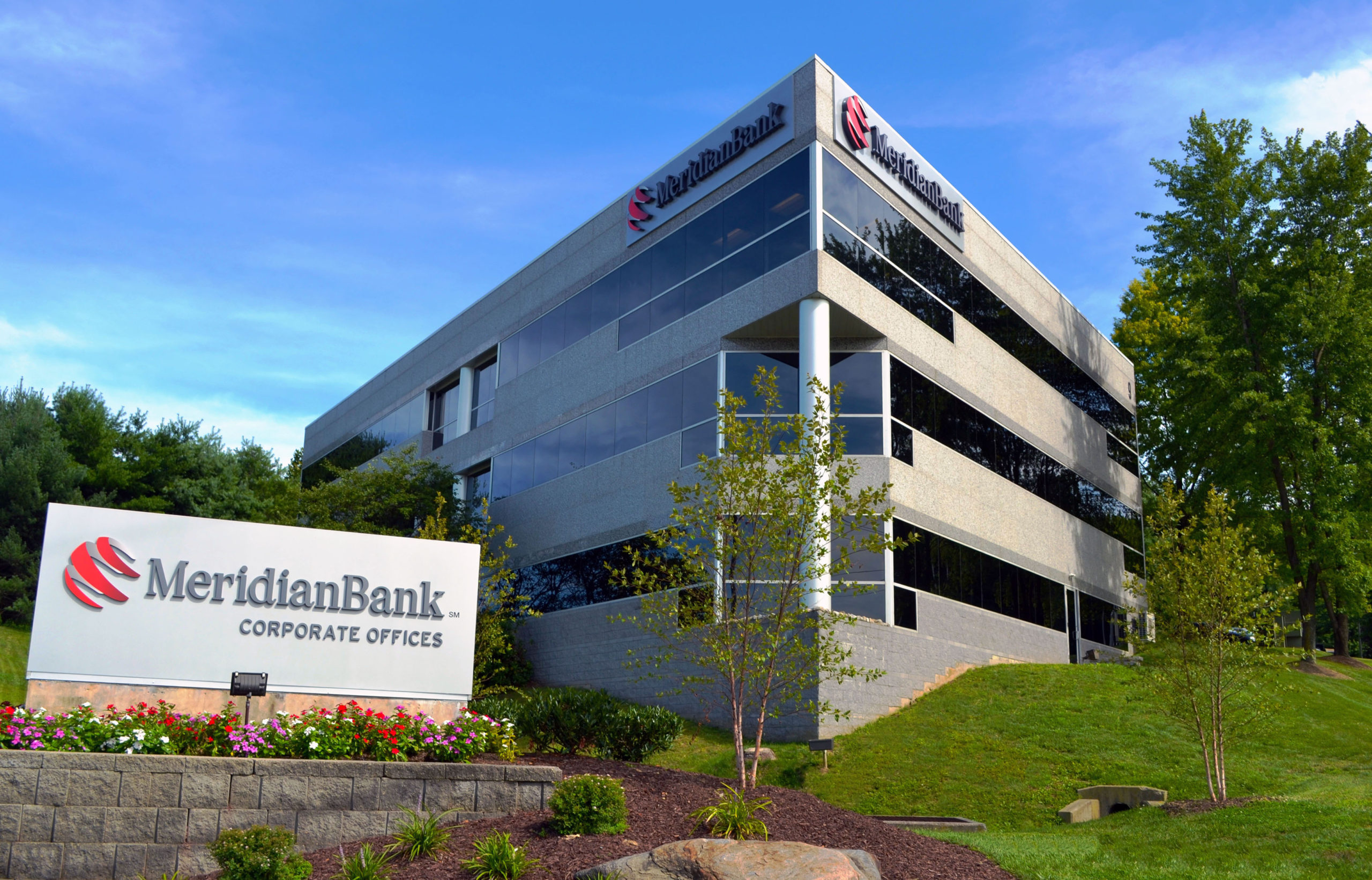 Meridian Bank Donates More Than 500 Pounds of Food to Chester County Food Bank