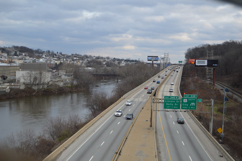 PennDOT Hopes Digital Variable Speed Signs Ease Congestion on Schuylkill Expressway