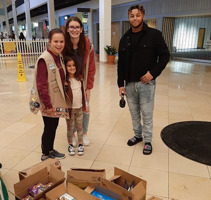 Man's Generous Act of Kindness Fills Plymouth Meeting Mall with Free Girl Scout Cookies