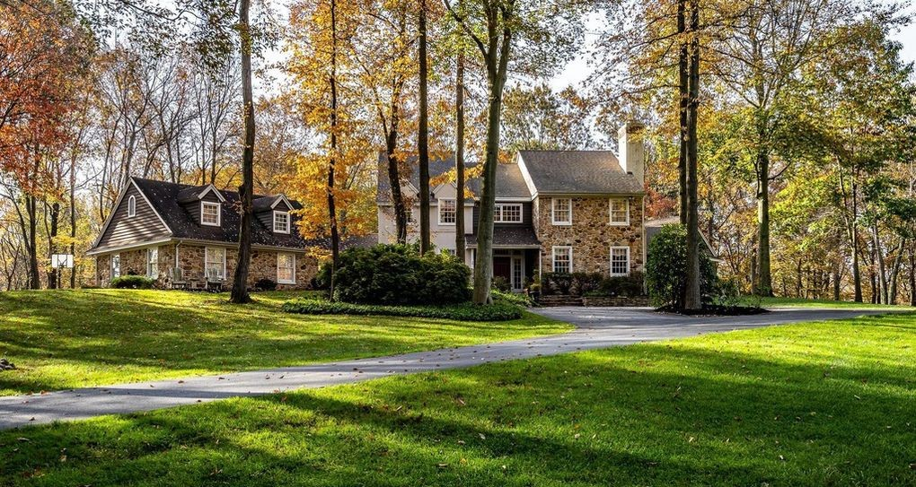 Malvern Bank House of the Week: Private Oasis in Downingtown