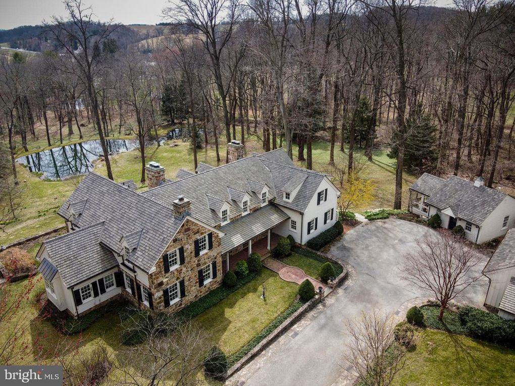 Malvern Bank House of the Week: Country Estate in Chester Springs
