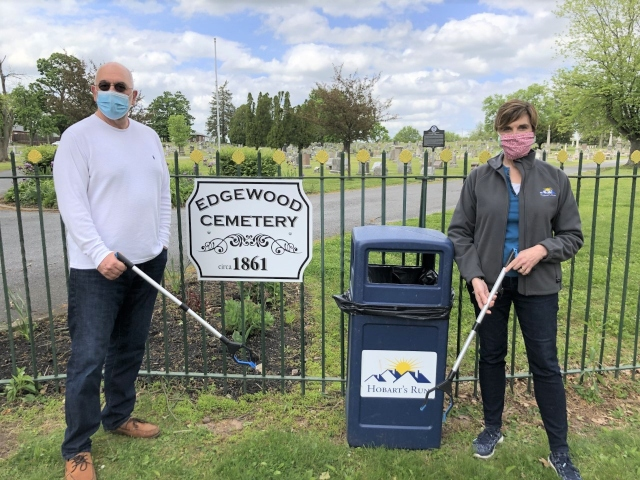 New Hobart's Run Initiative Helps Keep Pottstown, Historic Edgewood Cemetery Clean