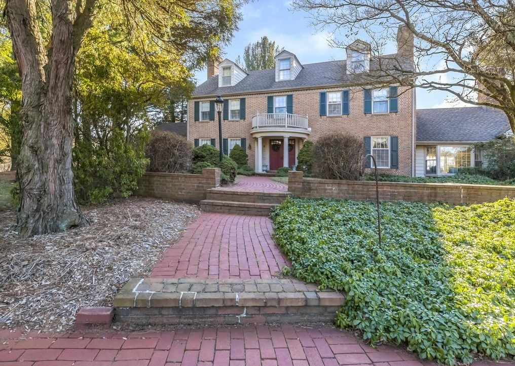 Malvern Bank House of the Week: Hilltop Colonial with Scenic Views of the Brandywine Valley