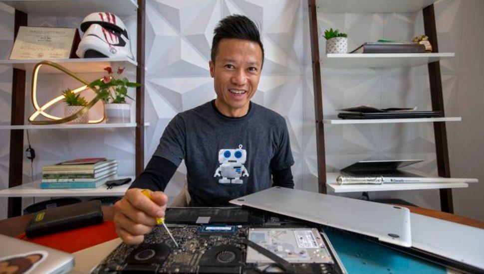 Hai Thai refurbishing old laptops and giving them away