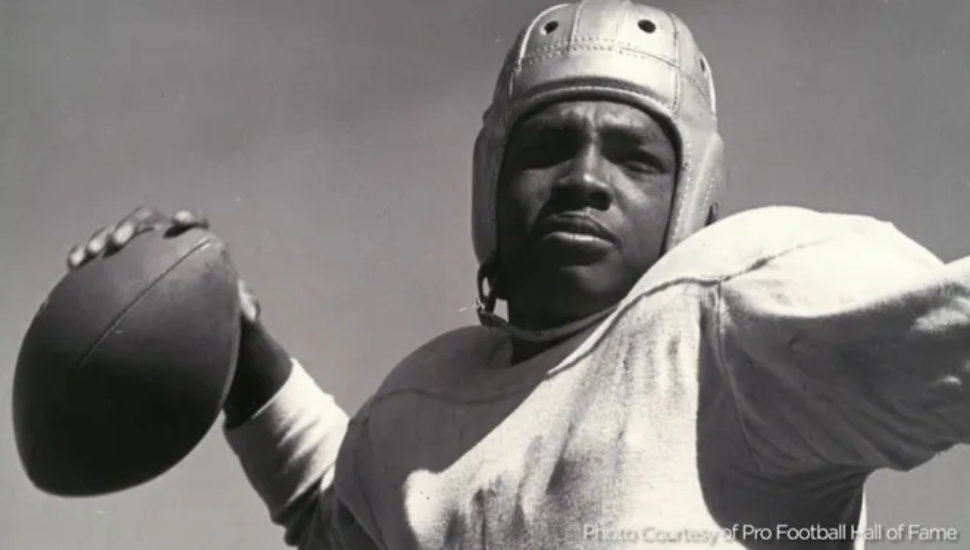 Wally Triplett football player